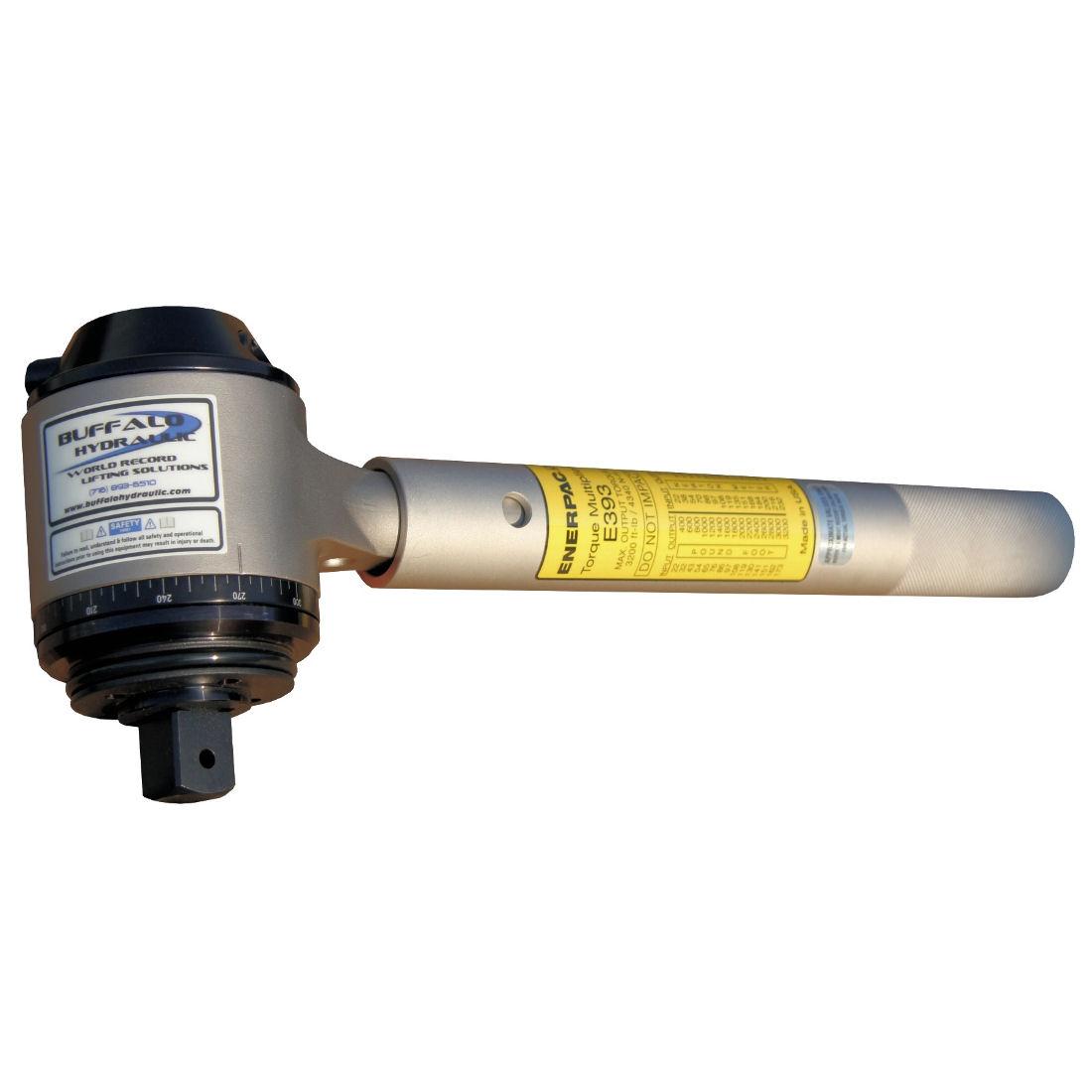 Hydraulic torque multiplier water line flex hose