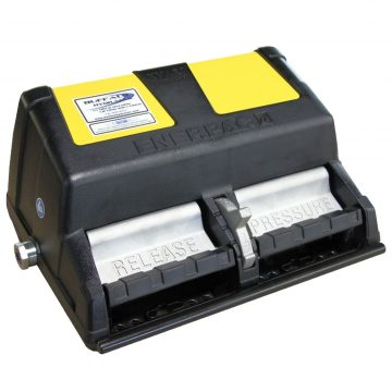 enerpac-xa12-air-hydraulic-pumps